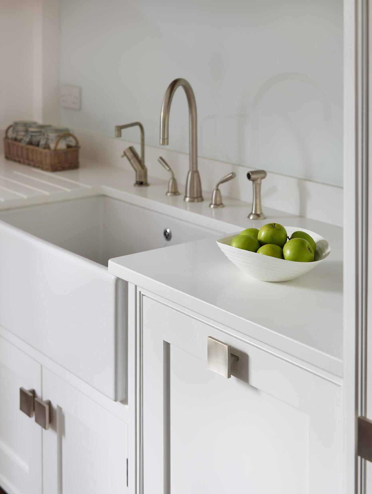 Stoke Goldington - Comtemporary kitchen with white farm sink